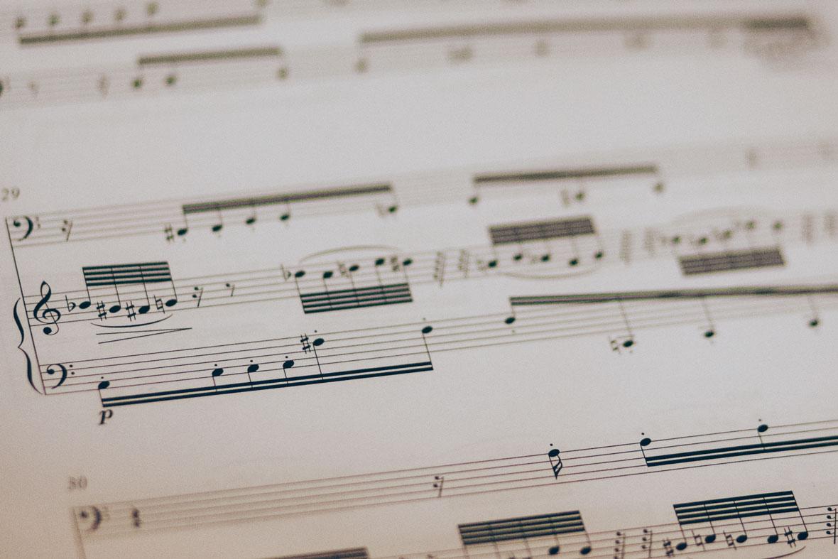 """Neues Werk – """"Death & Fame"""" für Sopran und E-Gitarre"""